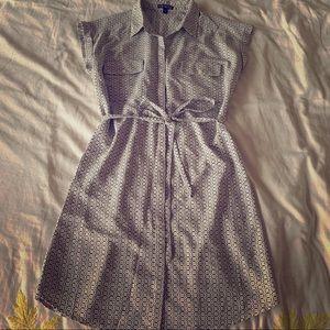 Short sleeved printed shirt dress